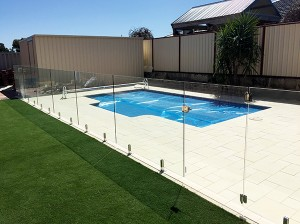 Gr8Glass_Pool_Fencing_131