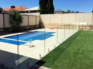 Gr8Glass_Pool_Fencing_132