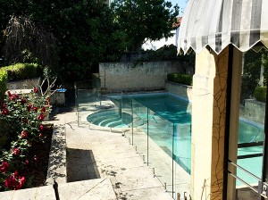 Gr8Glass_Pool_Fencing_135