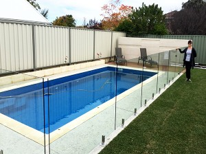 Gr8Glass_Pool_Fencing_85