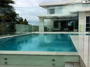 Gr8Glass_Pool_Fencing_99