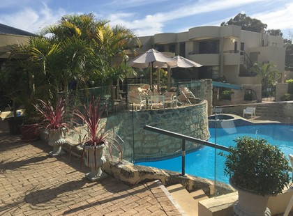 Gr8Glass_Pool_Fencing_Perth_Commercial_10