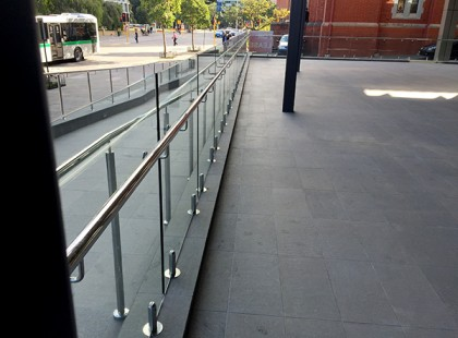 Gr8Glass_Pool_Fencing_Perth_Commercial_32