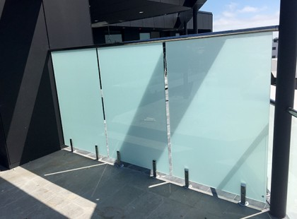 Gr8Glass_Pool_Fencing_Perth_Commercial_37