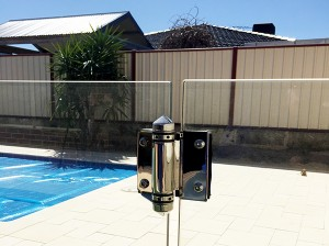 Gr8Glass_Pool_Fencing_Perth_Gate_Hinge_13